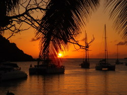 Boat_and_palms_sunset_small